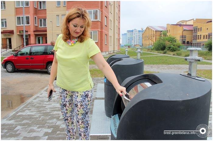 Подземные мусорные баки в Бресте