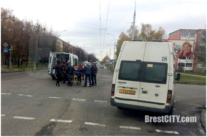 Из маршрутки в Бресте выпала пенсионерка