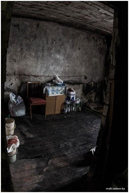 Брестчанин живет в сгоревшей квартире