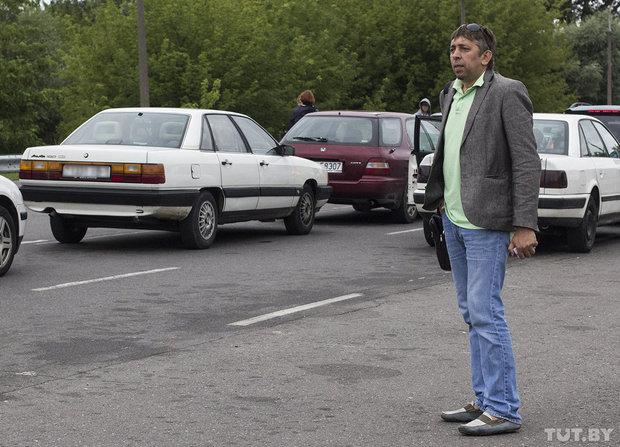 Блоггер Сергей Петрухин собирает подписи на границе