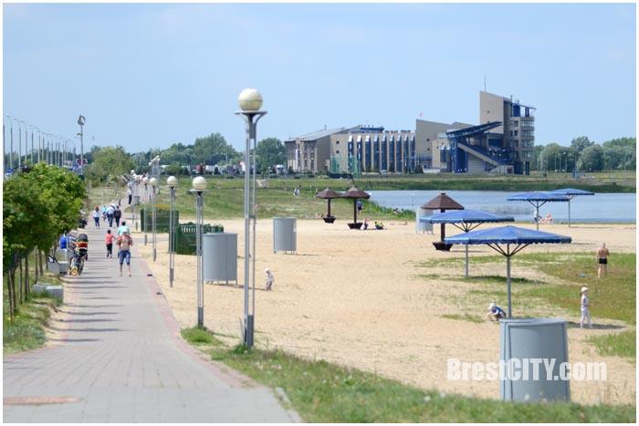 Пляжный сезон 2016 в Бресте открыт