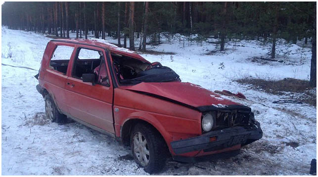 Авария в Ивацевичском районе. Прицеп с лесом в автомобиль
