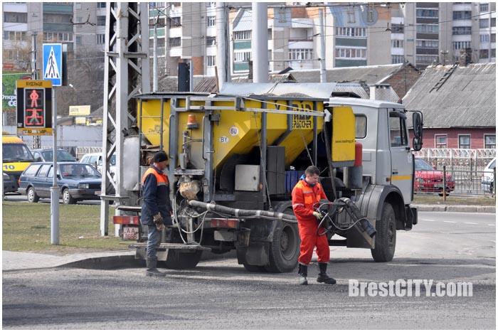 Ямочный ремонт в Бресте. Фото BrestCITY.com