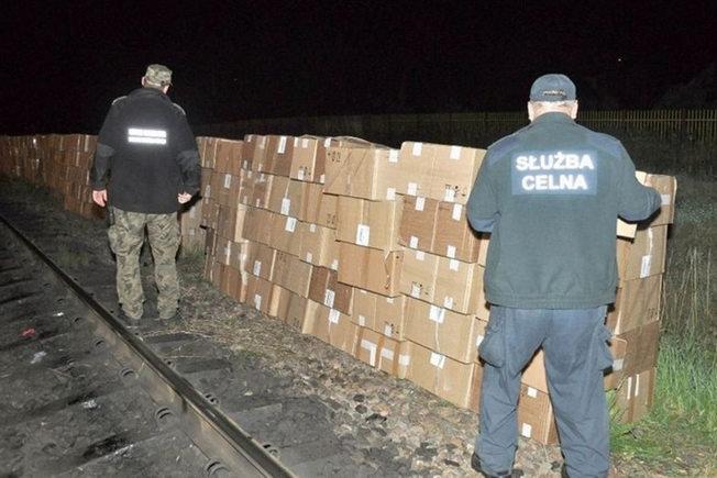 Контрабанда сигарет из Беларуси в Польшу