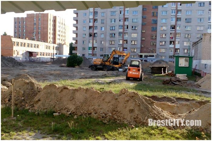Строительство крупнопанельного многоэтажного дома по ул.Суворова 110-114