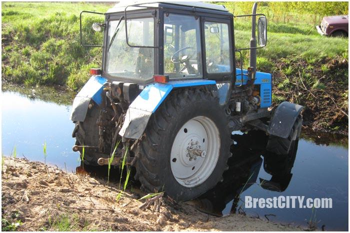 Попытка прорыва через границу на тракторе в Украину