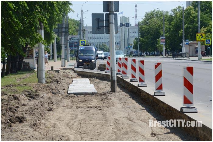 На проспекте Машерова закрыт пешеходный переход