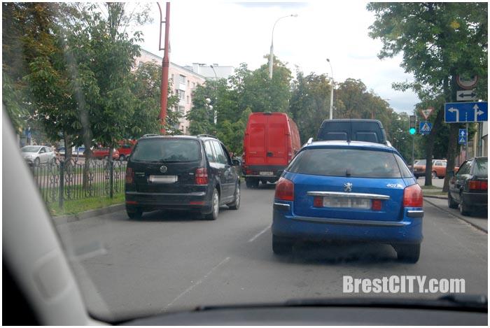 Затор на улице Гоголя в Бресте. Фото BrestCITY.com
