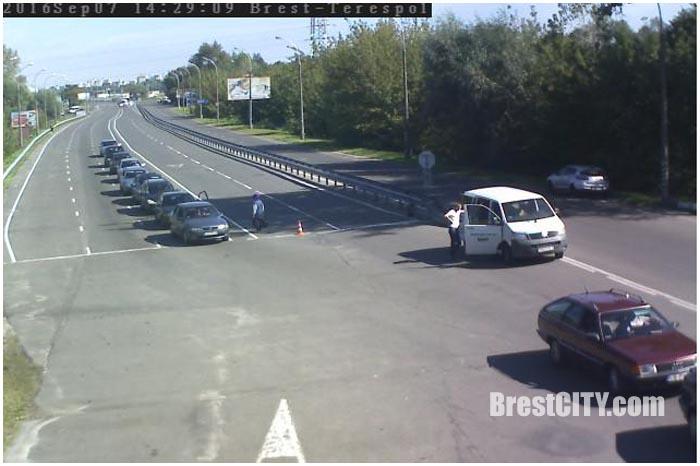 Затор на границе в Бресте. Фото BrestCITY.com