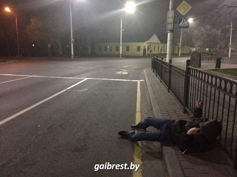 Пьяный пешеход на Ленина в Бресте