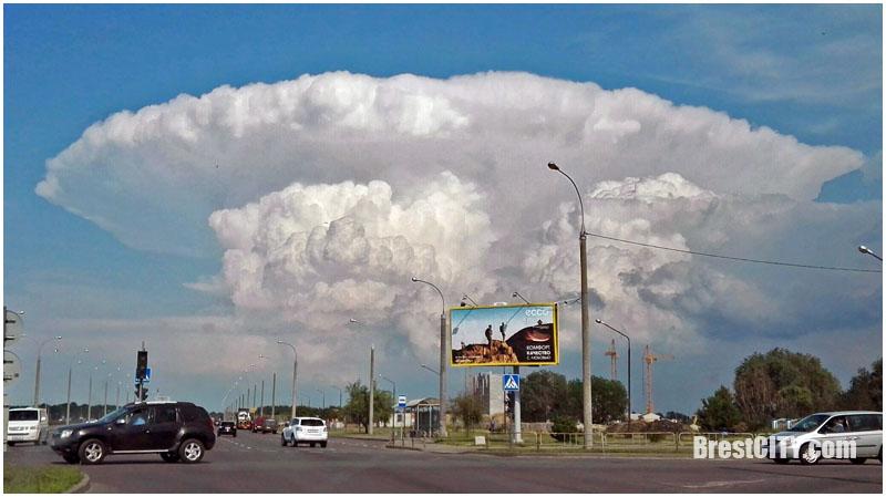 Атомный гриб над Брестом