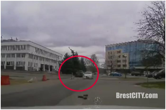 Наезд на девочку-пешехода возле ДК Профсоюзов в Бресте