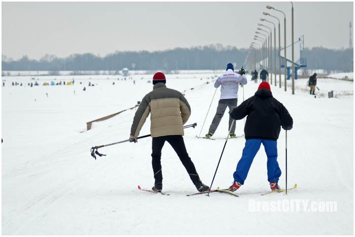 Прокат лыж на гребном