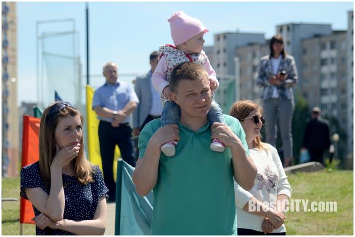 Парад лодок на Гребном в Бресте 19 мая 2017. Фото BrestCITY.com