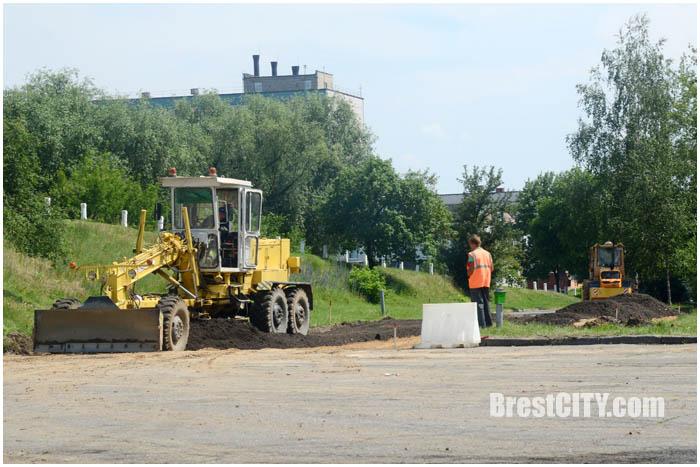 Новая дорога возле Кобринского моста в Бресте