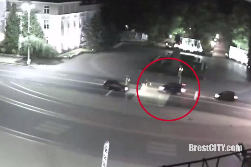 Аварийная ситуация на улице Ленина в Бресте 29 июня 2017