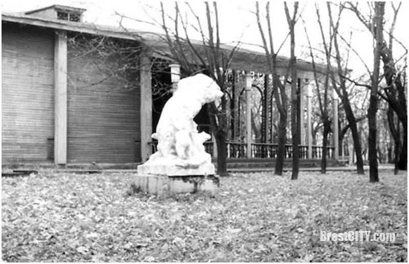 Кинотеатр Летний в Брестском парке