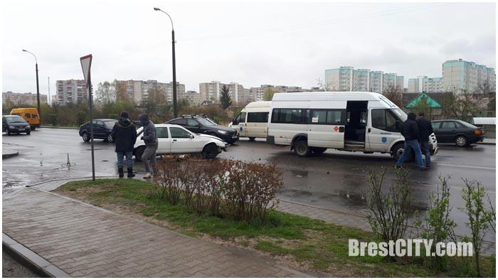 Авария на Луцкой в Бресте 14 апреля 2017