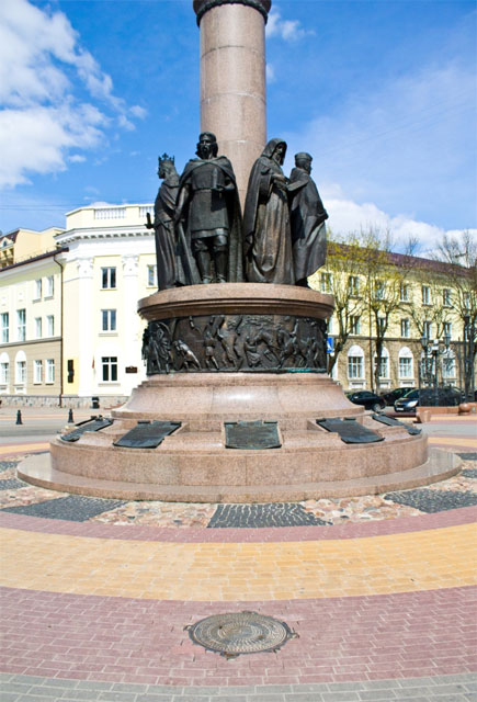 Новые люки в центре Бреста к 1000-летию города