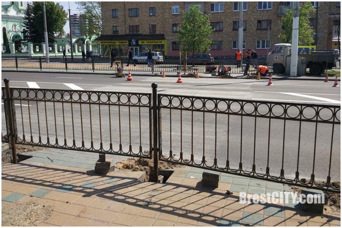 Закрыт пешеходный переход на проспекте Машерова