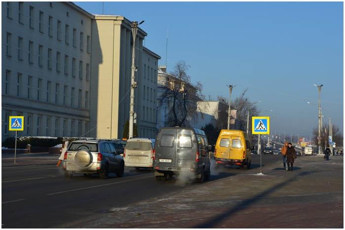 Пешеходный переход на площади Ленина