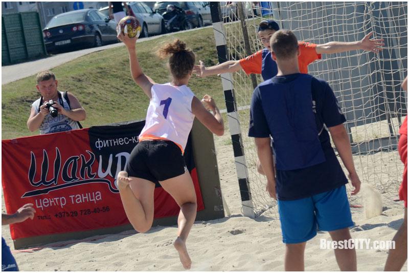 Пляжный гандбол в Бресте 5 августа 2017
