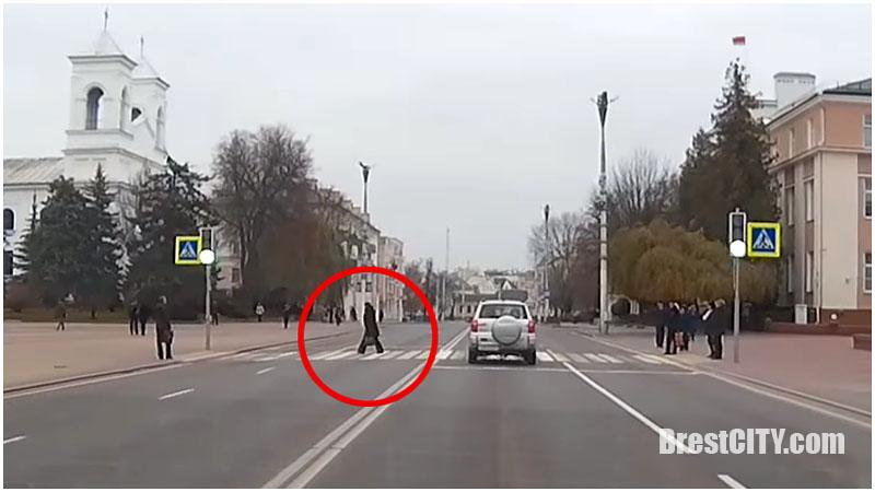 Пешеходы на Ленина