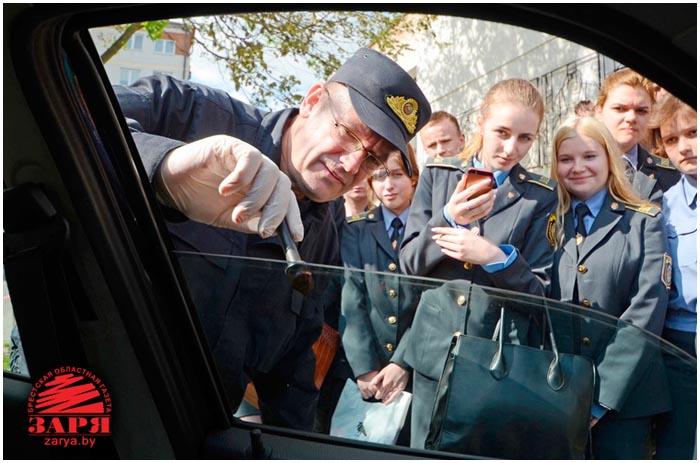 Дети приняли участие в раскрытии кражи из автомобиля