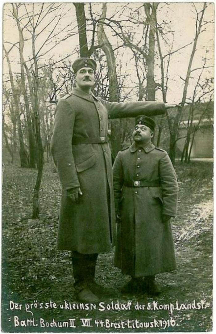 Самый высокий и самый низкий солдат брестской крепости 1916 года