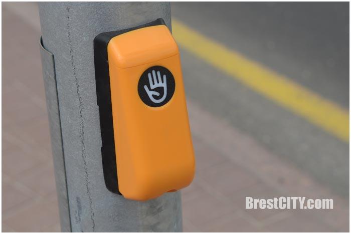 Заработал светофор на улице Ленина в Бресте. Фото BrestCITY.com