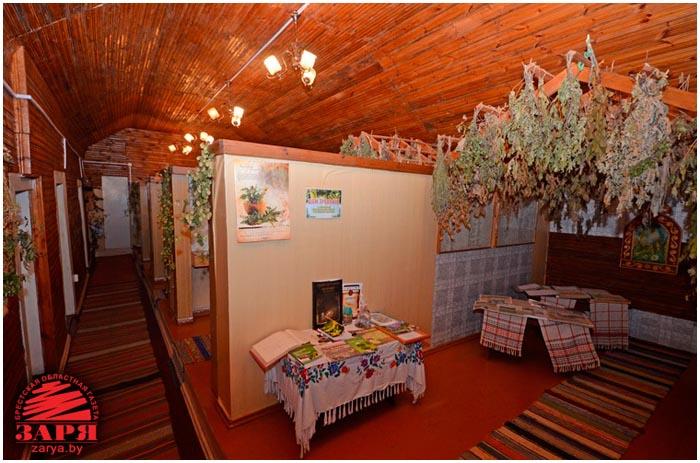 Музей целебных трав в деревне Стрельно