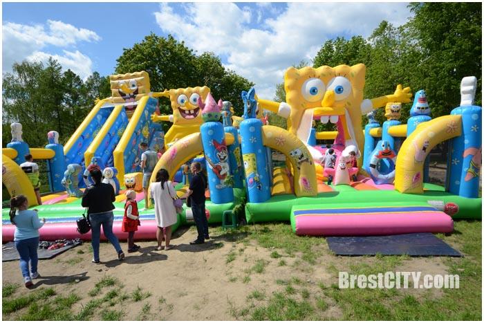 Семейный праздник У причала в Бресте на Набережной. Фото BrestCITY.com