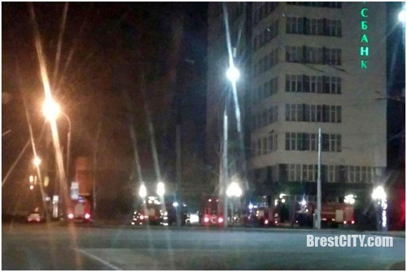 Ночью 7 февраля горело здание «Беларусбанка» на Московской в Бресте