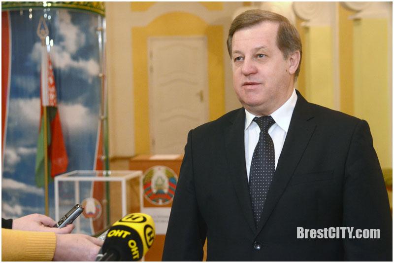 Выборы-2018: Анатолий Лис высоко оценил работу депутатов местных Советов предыдущего созыва