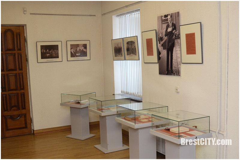 В Брестской крепости (музей обороны) открыта выставка к 100-летию Машерова