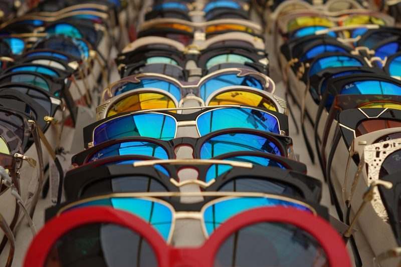 В Пружанах россиянин пытался продать 1500 солнцезащитных очков