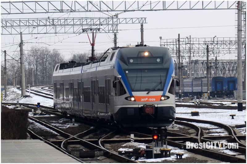 В Беларуси подорожал проезд в поездах городских и региональных линий