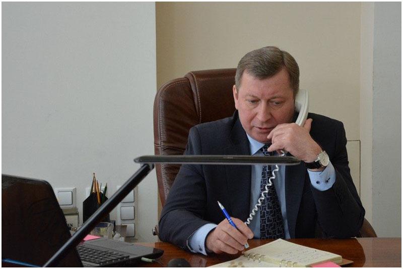 Рогачук провел прямую телефонную линию с жителями Бреста