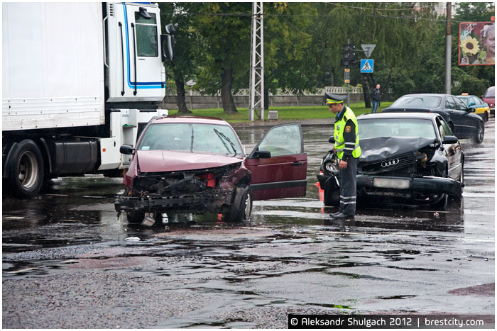 Из-за аварии на перекрестке Машерова - Пионерская в Бресте