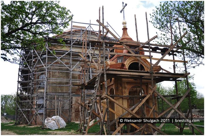 Костел в Волчине на реконструкции