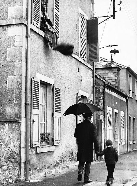 Фотограф  Рене Мальтет