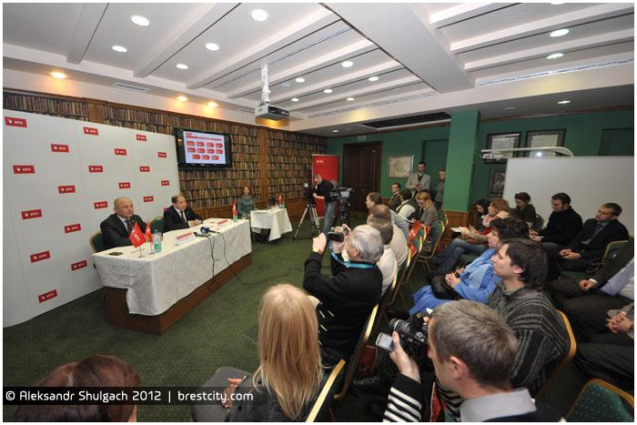 Пресс-конференция компании МТС в Бресте