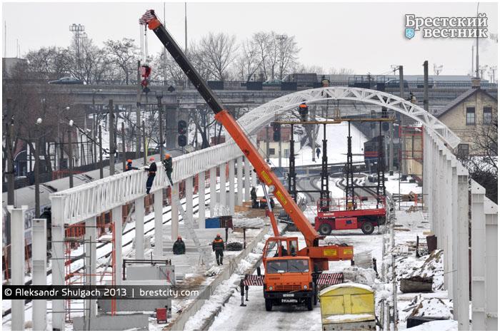 Реконструкция Брестского жд вокзала. Монтаж арочного навеса