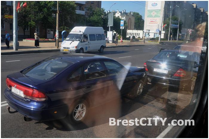 Авария в Бресте на проспекте Машерова 05.07.2013