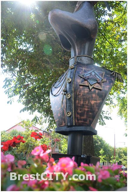 Аллея литературных фонарей в Бресте. Гоголевский
