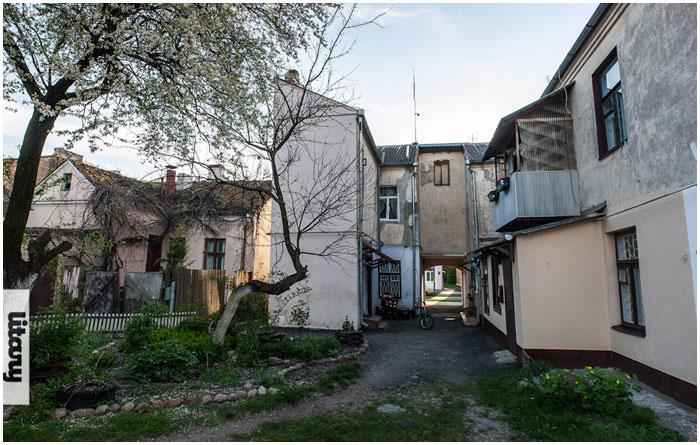 Дворик на улице Советских пограничников