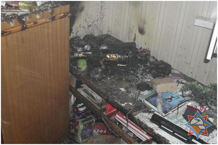 Короткое замыкание зарядного устройства телефона привело к пожару
