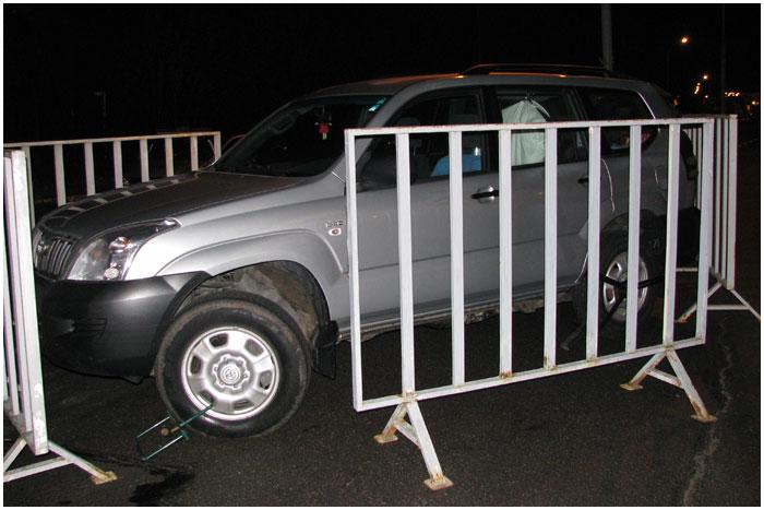 Автомобиль тойтота задержали на границе