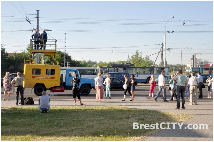 Обрыв троллейбусной линии в Бресте на улице Московской