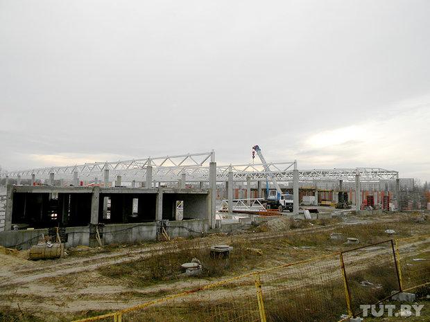 Строящийся магазин АЛМИ в Бресте на проспекте Республике